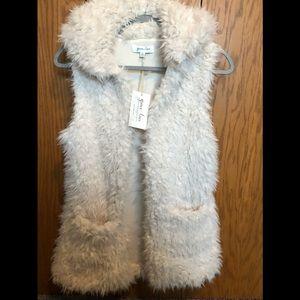 Grace & Lace Arctic Vest w/ Hood - NWT